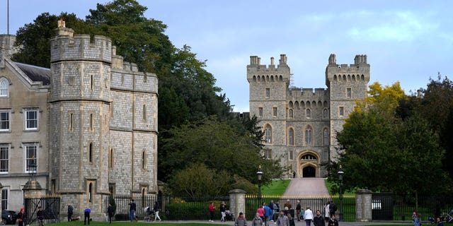 A view from the Long Walk to Windsor Castle in Windsor, England, Friday, Oct. 22, 2021. (AP Photo/Kirsty Wigglesworth)
