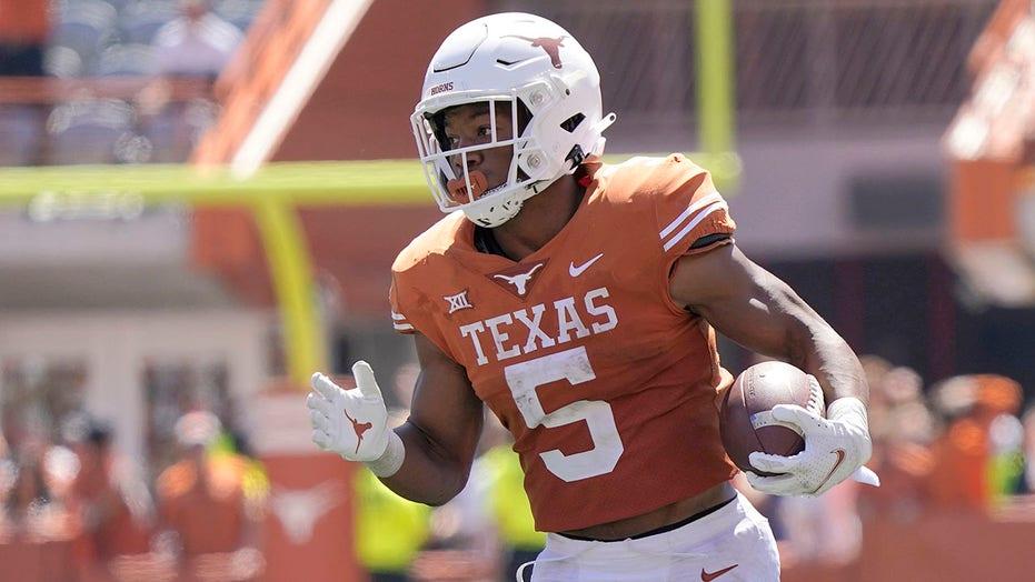 """Texas-Oklahoma soon to be part of """"SEC! SEC!"""""""