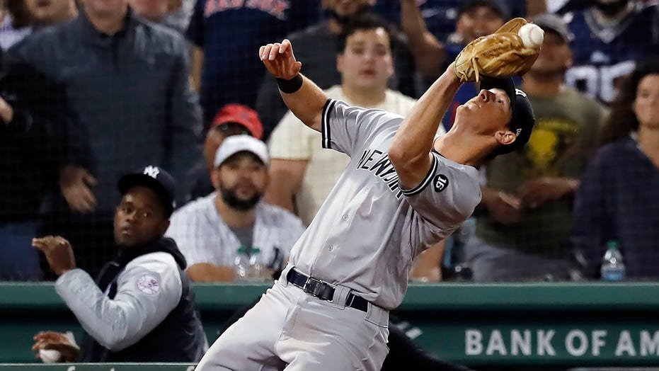 Yanks' LeMahieu to IL with sports hernia before Game 162
