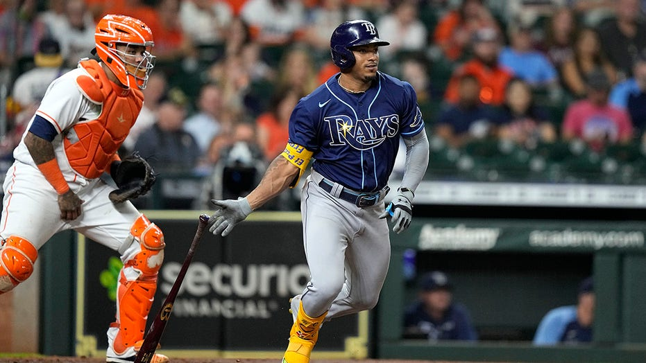 With MVPs out, new stars set to shine in MLB postseason