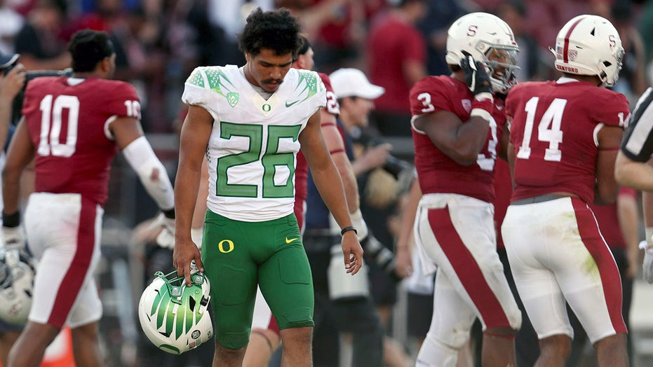 Pac-12's CFP chances not quite dead even after Oregon loss