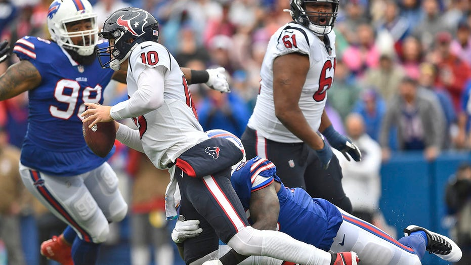 Bills force 5 turnovers, overwhelm Mills and Texans 40-0