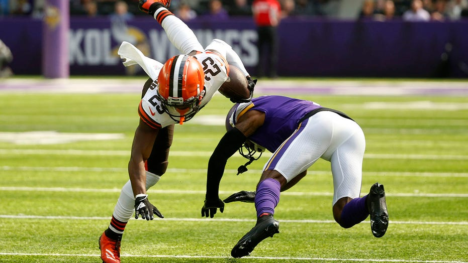 In Stefanski's return, Browns defense dominates Vikings 14-7
