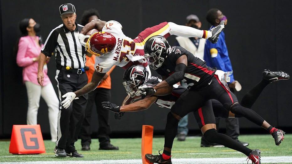 Washington's J.D. McKissic Superman dives into the end zone for game-winning score vs. Falcons