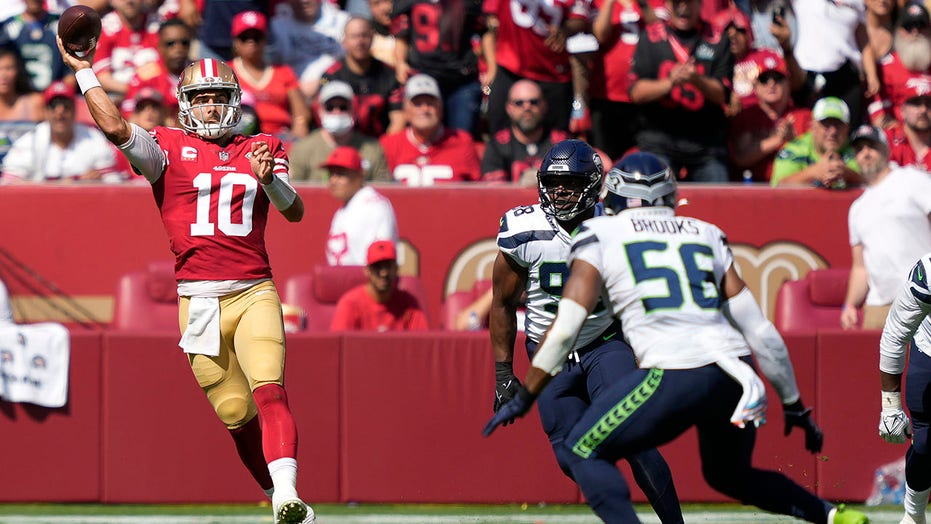 49ers' Jimmy Garoppolo leaves with calf injury, Trey Lance takes over at quarterback