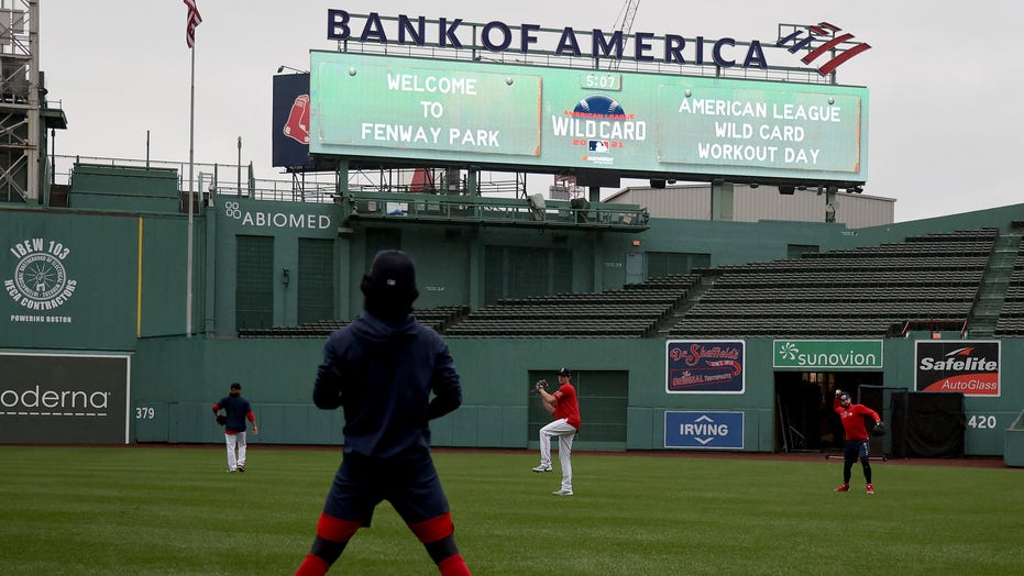 Longtime rivals Red Sox, Yankees, back at it in AL wild card