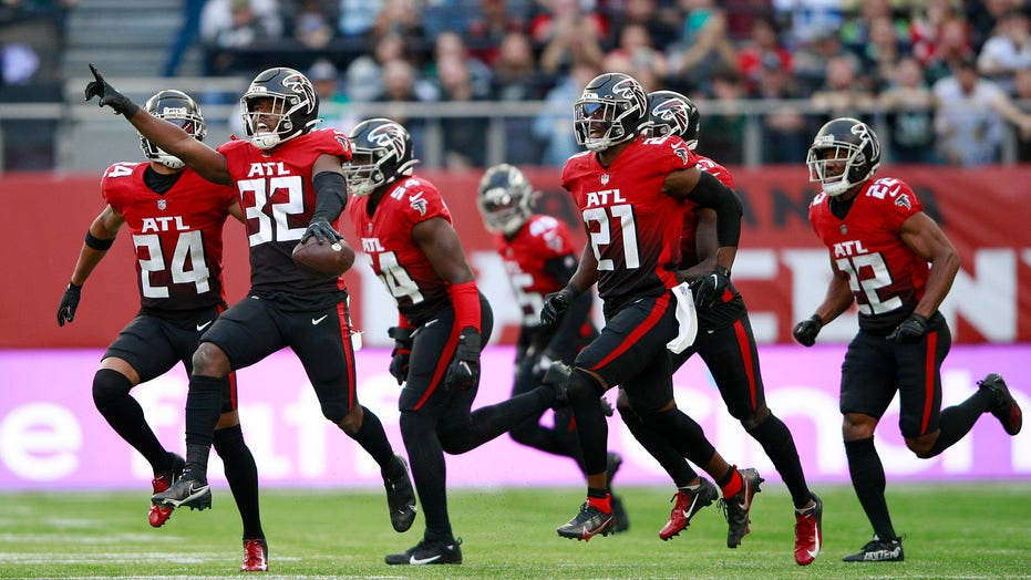 Falcons claw to win over Jets in NFL's return to London