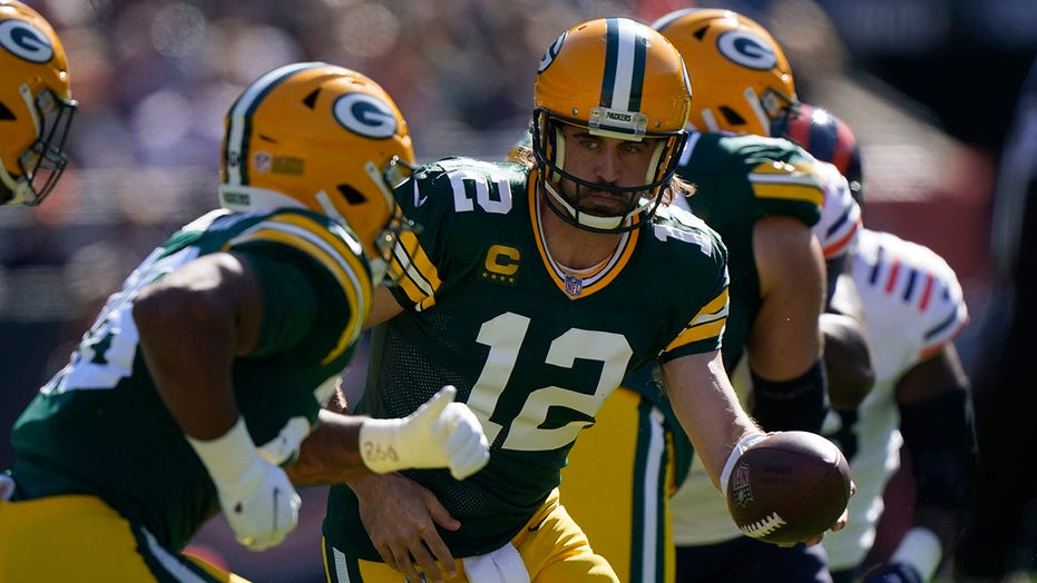 Packers' Aaron Rodgers says he was a target of 'PC woke culture' following interaction with Bears fans