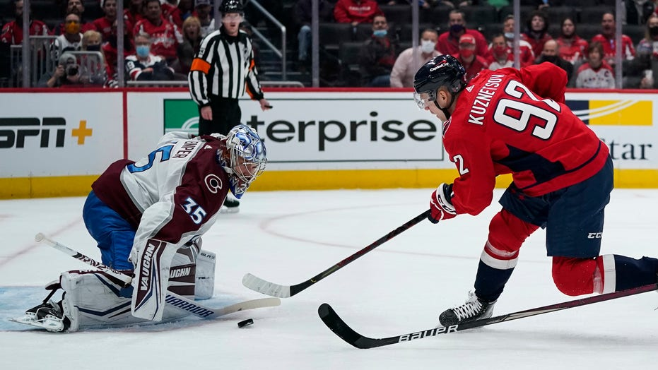 Kuznetsov scores twice, Capitals beat Avalanche 6-3