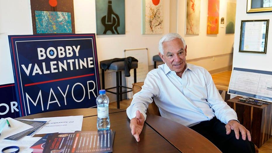 Former MLB manager Valentine runs for mayor in hometown