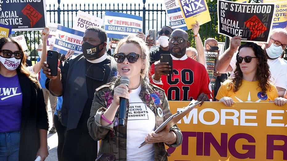 Alyssa Milano arrested during voting rights protest outside of the White House