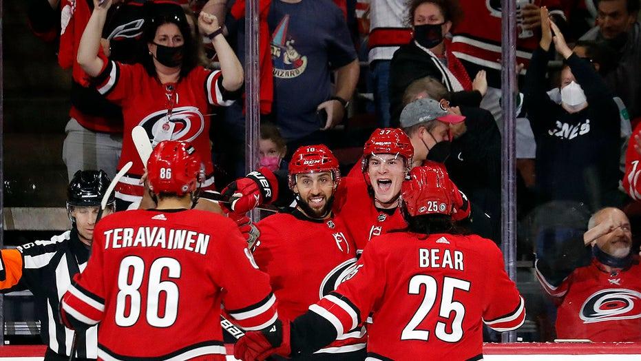 Svechnikov, Hurricanes beat Islanders 6-3 to open season