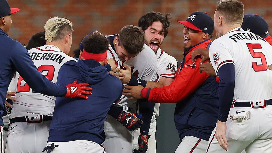 Braves' Austin Riley stuns Dodgers with walk-off single in NLCS Game 1