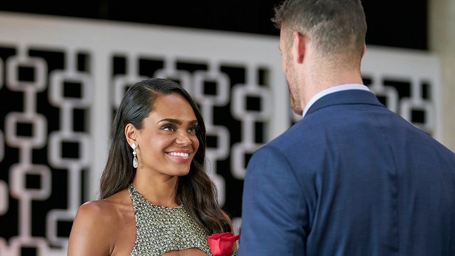'Bachelorette': Michelle Young meets 30 contestants in season premiere