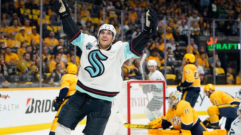 Kraken post 1st NHL victory, spoiling Preds' opener 4-3