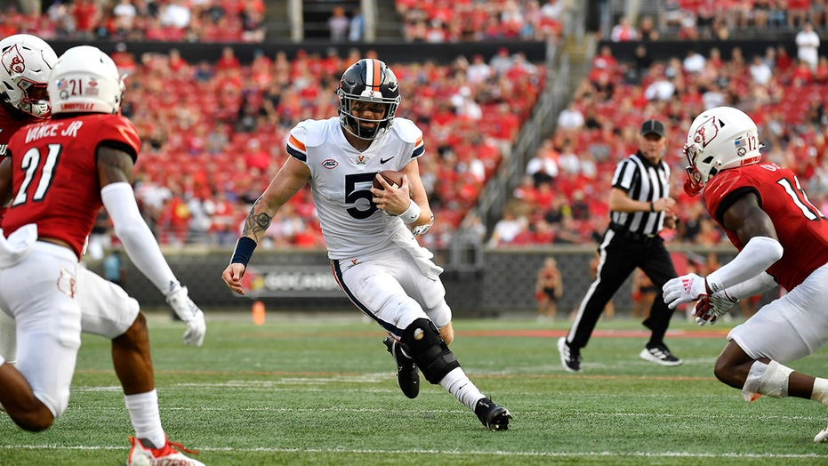 Armstrong rallies UVa late to 34-33 comeback over Louisville