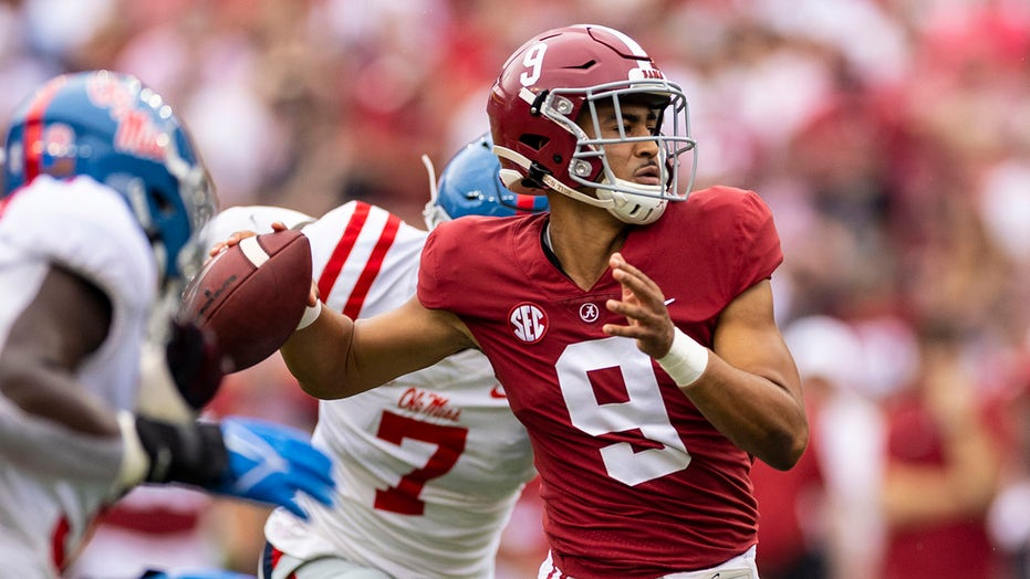 Ex-Alabama QB Jay Barker praises Bryce Young, gives his thoughts on the evolution of college football