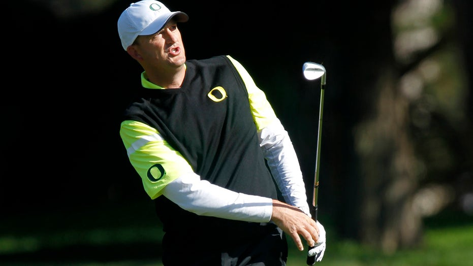 Ex-PGA Tour pro Casey Martin has right leg amputated: report