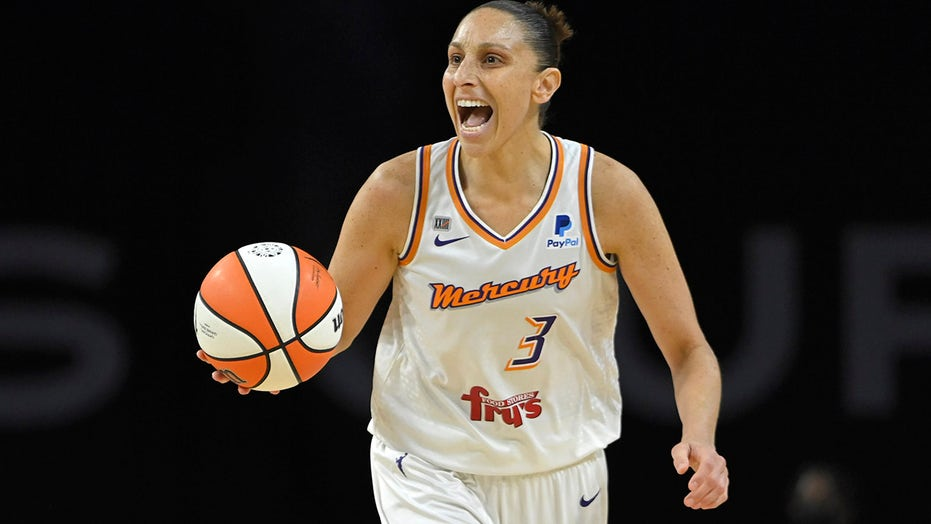 Record night for Taurasi, Mercury in Game 2 rout over Aces