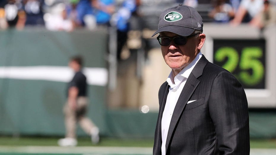 Jets owner Woody Johnson has 'unwavering, steadfast confidence' in general manager, coach