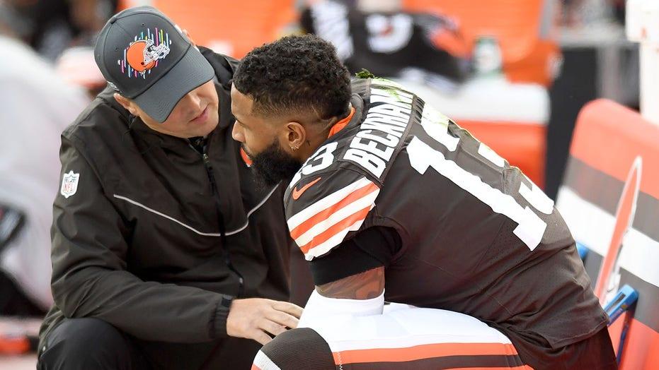Browns' Odell Beckham Jr. suffers shoulder injury vs. Cardinals, returns to game