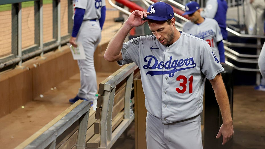 Dodgers' Max Scherzer on early exit from Game 2 of NLCS: 'I'm just tired'