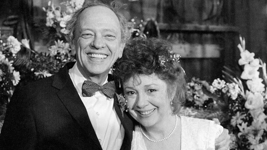 Betty Lynn, Thelma Lou on 'The Andy Griffith Show,' dead at 95
