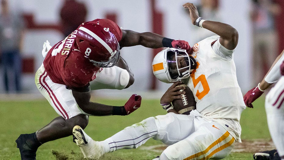 SEC rough Saturday, outscored 141-44 in three games