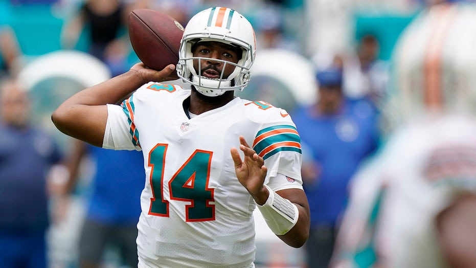 Dolphins' Jacoby Brissett cautions teammates about 'intent of the game' with Tom Brady, Bucs game upcoming