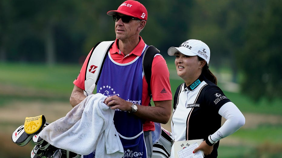 Ko has the lead at Founders Cup, 11 straight rounds in 60s