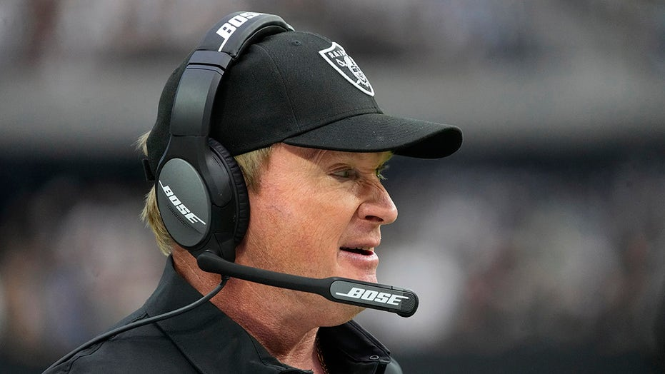 Raiders' Jon Gruden used racist language in 2011 email about NFLPA chief DeMaruice Smith: report