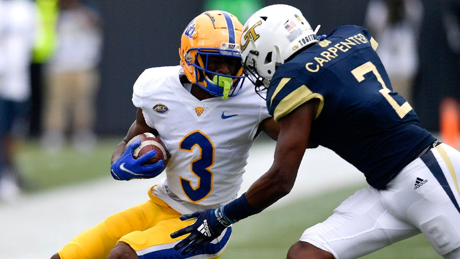 Pittsburgh's Jordan Addison falls to ground, still makes spectacular catch