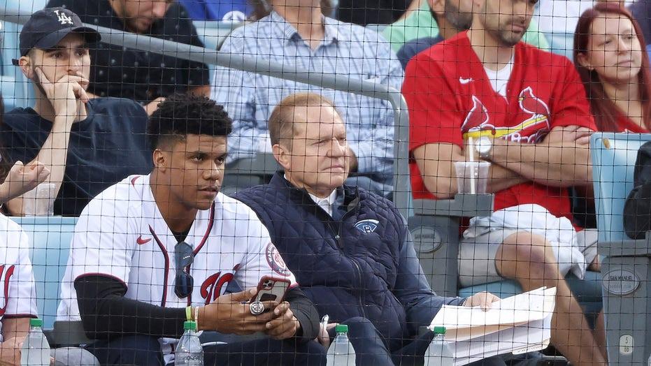 Juan Soto supports former Nats teammates at Dodger Stadium