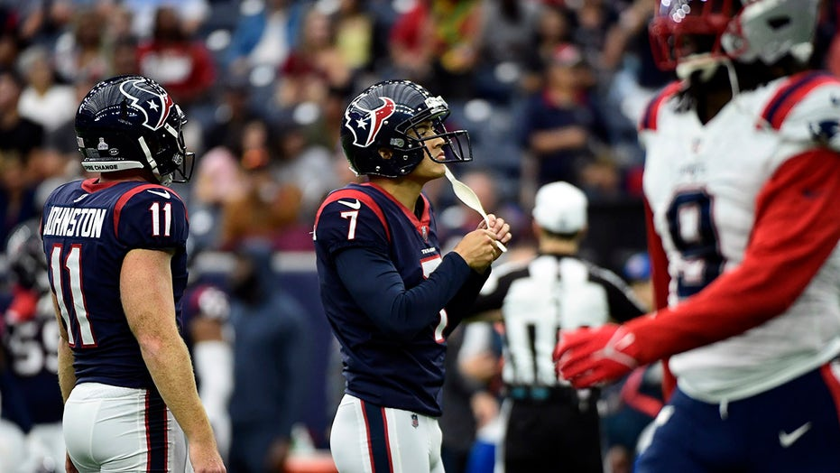 NFL kickers struggle with extra points during Week 5 games