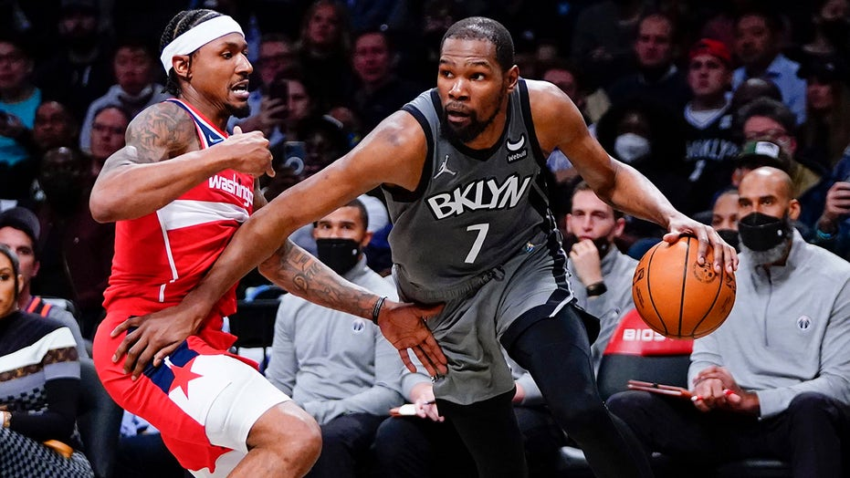 Durant scores 25, Nets hand Wizards 1st loss, 104-90