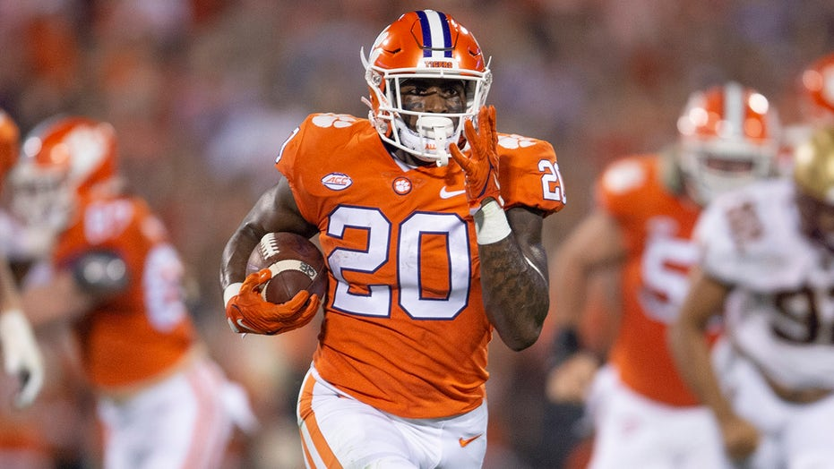 No. 25 Clemson escapes Boston College with 19-13 victory