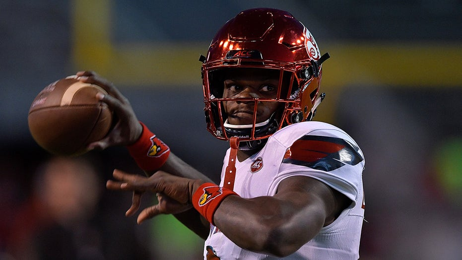 Lamar Jackson will join Johnny Unitas with this accomplishment next month