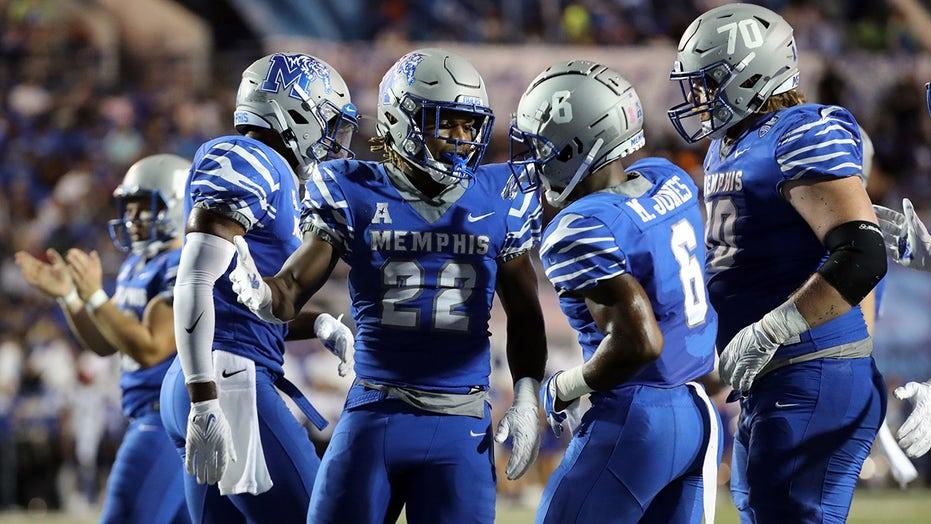 Memphis brings big-play lightning, bolts past Navy 35-17