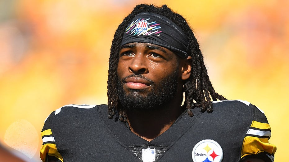 Steelers' Najee Harris helps renovate California homeless shelter: 'It was good to go back'