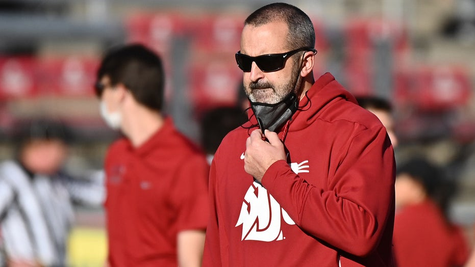 Washington State's Nick Rolovich out as head coach after failing to meet COVID vaccine mandate