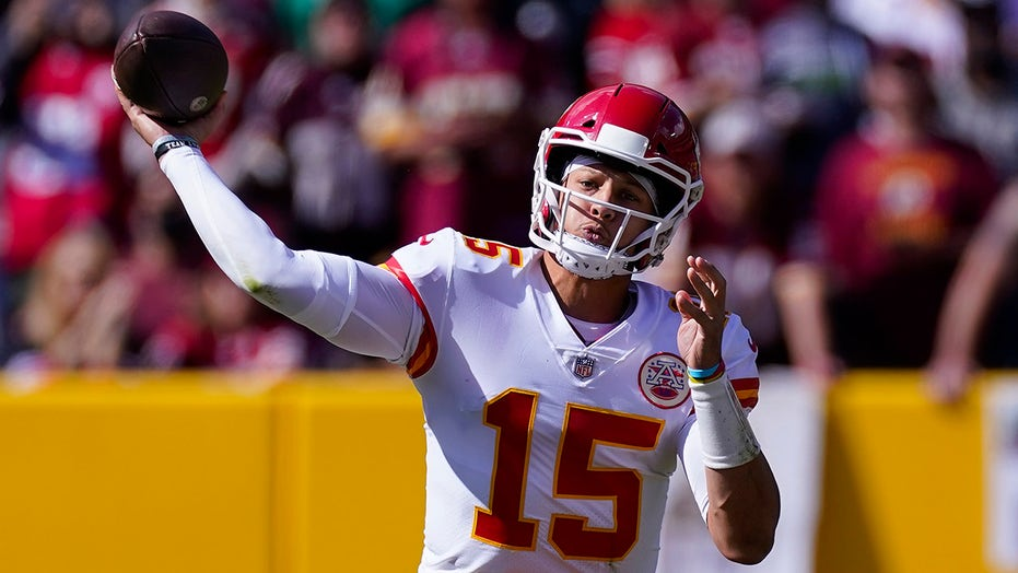 Patrick Mahomes' mom takes issue with one interception being counted against her son
