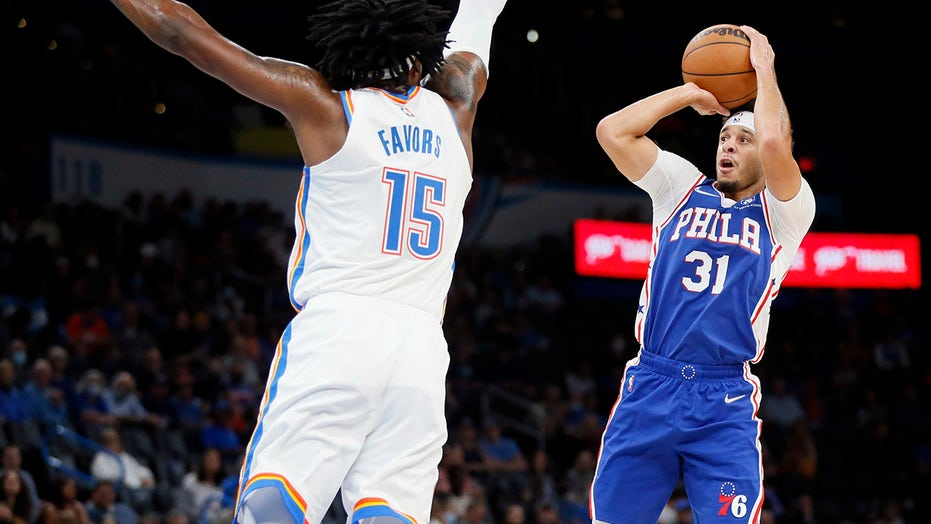 Seth Curry has 28 points help 76ers beat Thunder, 115-103