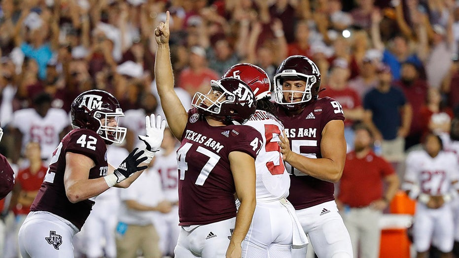 Texas A&M kicker Seth Small's family seen celebrating in heartwarming video after game-winning field goal