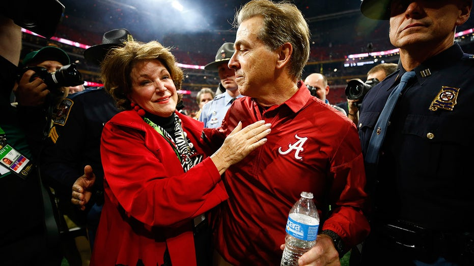 Alabama's Nick Saban admits his wife gets on him about defensive schemes