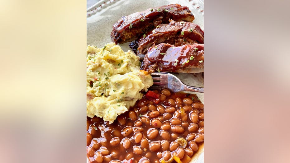 Fall off the bone ribs that don't require a smoker: Try the recipe