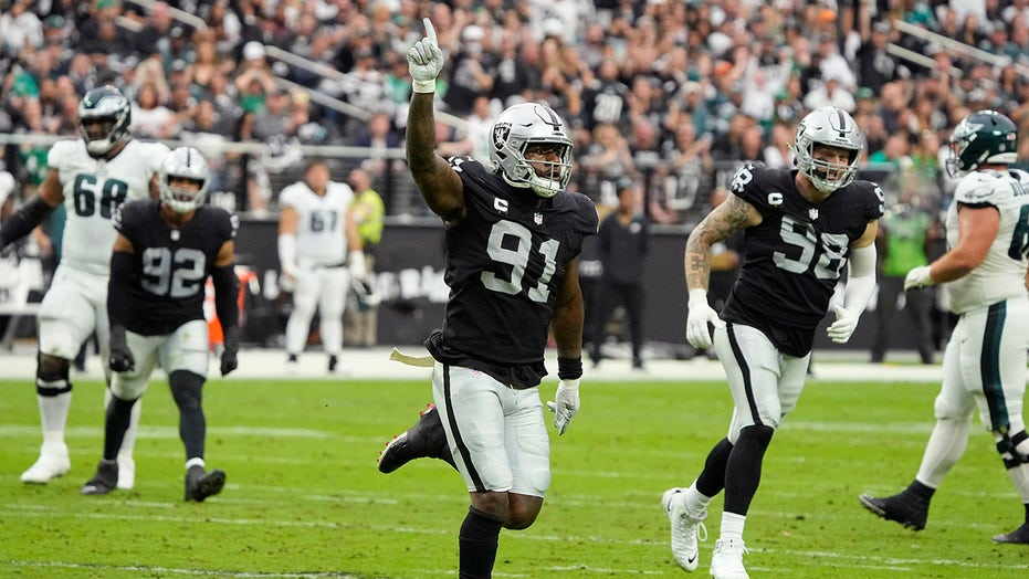 Raiders beat Philly, 33-22, in second game under Bisaccia