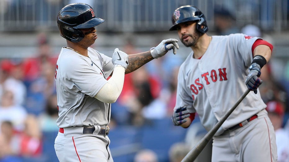 Martinez on ALDS roster, not in Game 1 lineup for Red Sox
