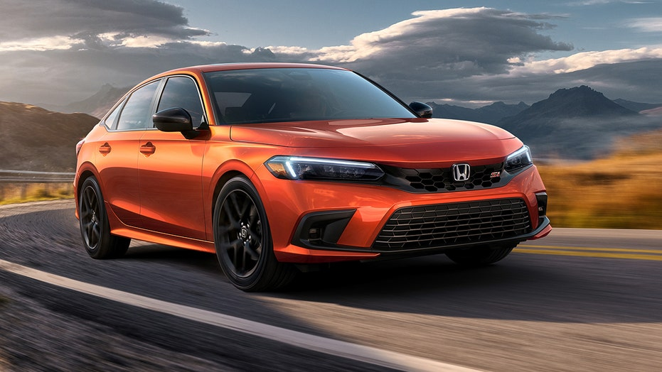 Sporty 2022 Honda Civic Si revealed with this old-school feature