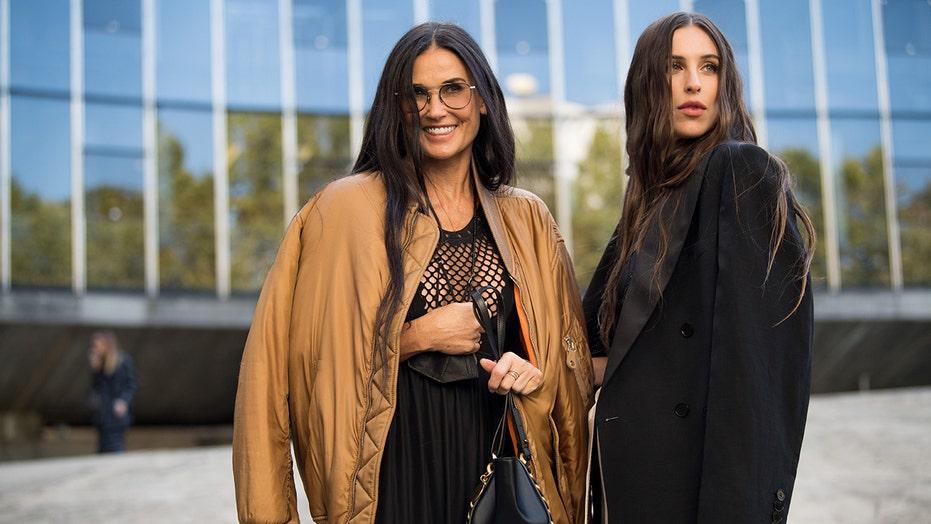 Demi Moore, lookalike daughter Scout Willis stun at Paris fashion show