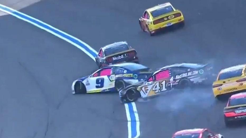 Hendrick: NASCAR needs to stop Harvick, Elliott feud